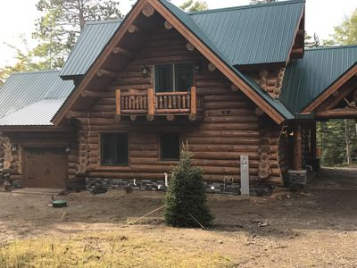 Luxury Custom Built Log Cabin with indoor pool and spa on Lake Michigamme
