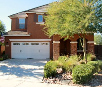 Photo for Luxurious Model Home In Glendale-Private, Pool, Walk 2 Entertainment, Sleeps 6