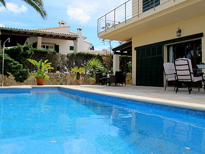 Photo for Wonderful Villa for rent with pool and sea views in Portocolom