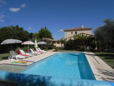 Photo for 5 bedroom Provencal villa, heated pool, air-con, big secluded garden, 4 bath/5WC