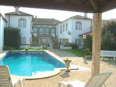 Photo for Comfortable manor house w / pool, w / large groups. Beaches to 6km.