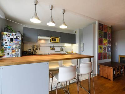 Photo for Fantastic apartment with pool central Bordeaux