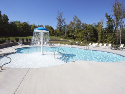 Photo for 2 Pools, Hot tub, 7 BR & 6 BA. 6 King Master BR.  Sleeps 20 up to 40