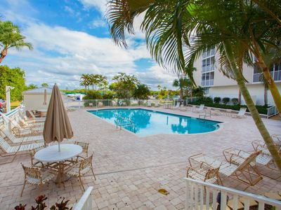 Photo for Steps to the Beach - FREE WiFi - Tennis Courts - Private Balcony unit 5208