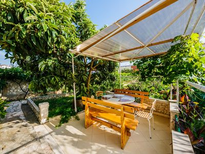 Photo for A1 spacious apt. with big garden, terrace & grill