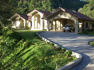 Welcome to Hacienda Salsipuedes...your home in Boquete.