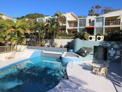 Photo for LENNOX BEACH RESORT 3 Bed 2 Bath Seabreeze