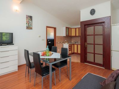 Photo for A2 - apt with terrace, garden, parking & breakfast