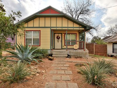 Location - Recently restored 3BR/2BA just blocks from great restaurants like Takoba and Papi Tino's.