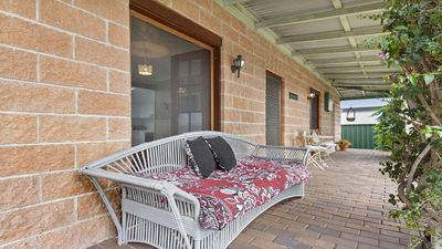 Photo for Cudgee - quaint cottage with separate cabin