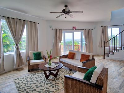 Photo for Newly Renovated Luxury 3 Bed/3 Bath Villa