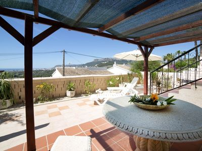 Photo for Beautiful apartment for 6 guests with pool, WIFI, TV, balcony and parking