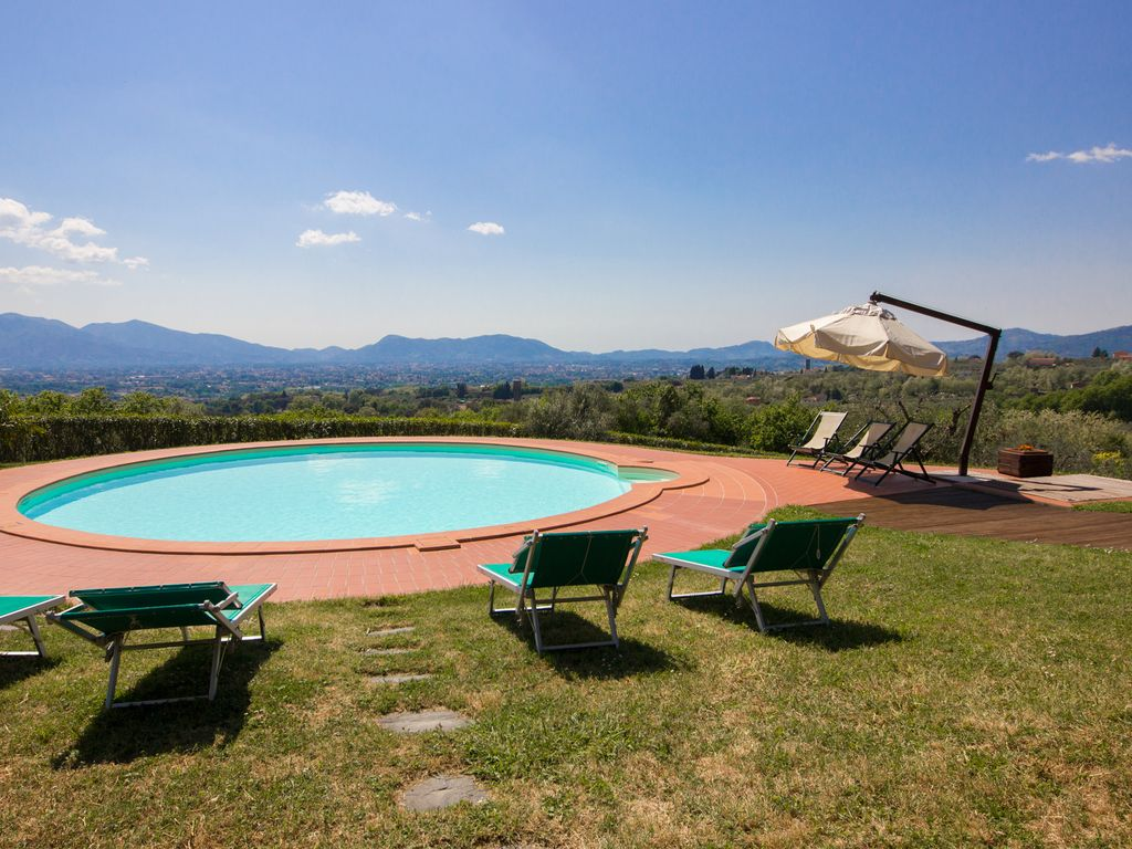 Casa Mennone: Big Private Garden, AC, Swimming Pool, Huge Playground ...