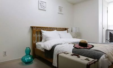 Myeong-dong Studio #3 [NEW LISTING]