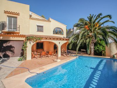 Photo for Sola - pretty holiday property with garden and private pool in Benissa