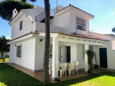 Photo for Stunning holiday home close to the beach