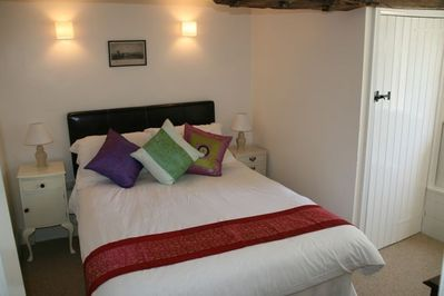 Double bedroom - The Cottage
