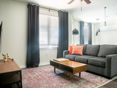 Photo for WanderJaunt | Pickett | 2BR | South Congress