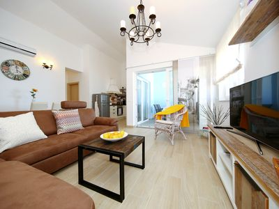 Photo for Excellent Beachfront Apartment in Nin