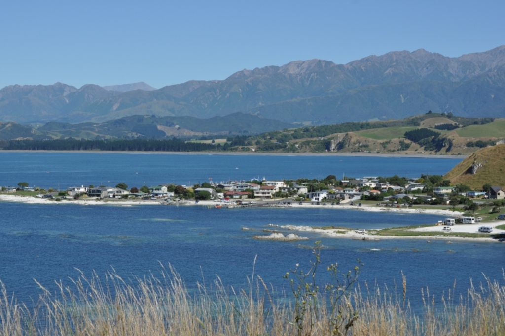 Cheerful Cosy Bach in South Bay Kaikoura