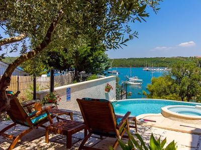 Photo for Holiday house Pula for 8 - 9 persons with 5 bedrooms - Holiday house