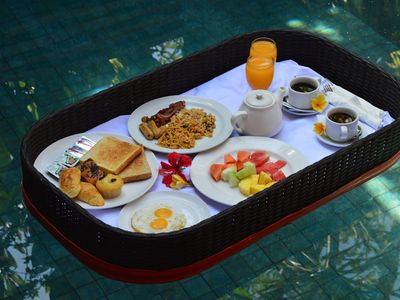 Photo for Floating B'fast at Private Pool & ( get free 30 mnt massage for min stay 3 nig