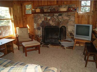 Photo for Cozy cabin 2 blocks from Bear Mountain in southern California