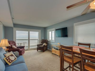 Photo for Spacious 3rd floor, direct oceanfront condo + FREE DAILY ACTIVITIES!