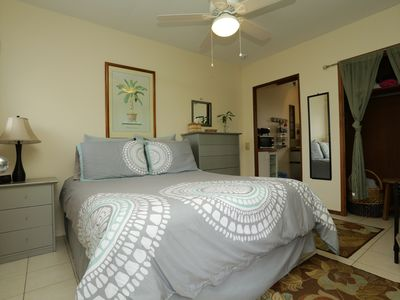 Photo for Breezy, pet-friendly cottage; walk to beach (3 - 6 mos only)