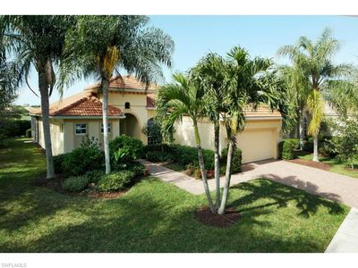 Photo for This beauty is close to golfing, shopping, dining, beaches and the everglades