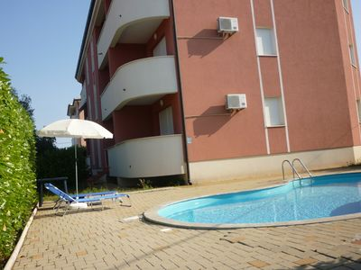 Photo for Luxury apartment 50 m2 with sea views (for 3-4 pers.) + Pool, 800m to the beach