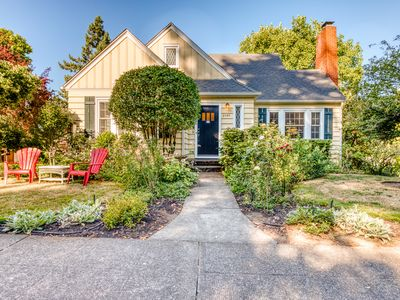 Photo for Cheerful home with patio & yard - walk to parks, trails & Hayward Field!