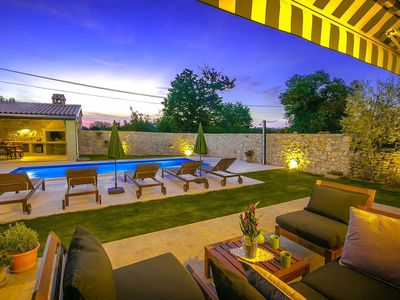 Photo for Holiday home with pool in the green Istrian interior
