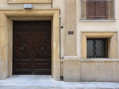 Photo for Studios (2 pers) / Two-room apartments (max 4 pers) in a period building just renovated