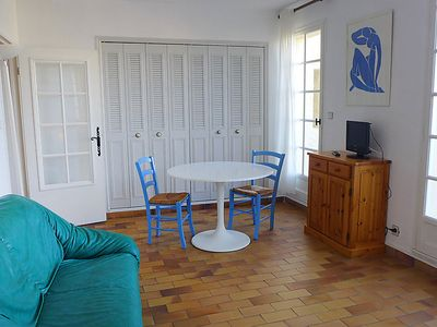 Photo for Apartment Hameau la Madrague in Saint Cyr sur Mer La Madrague - 2 persons, 1 bedrooms