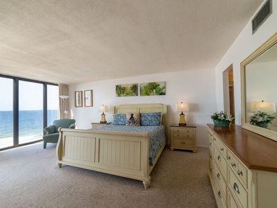 Photo for ~Peace, Love, & Sandy Feet @ Sandy Feet Retreat~Oceanfront Master w/ Balcony Access~Tower 2