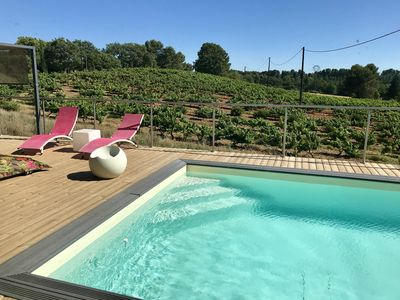 Photo for Magnificent contemporary villa in the heart of the vineyards, in the municipality of Aix en Pce
