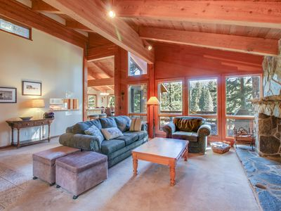 Photo for Dog-friendly alpine home, w/ private hot tub, shared  pool & tennis!