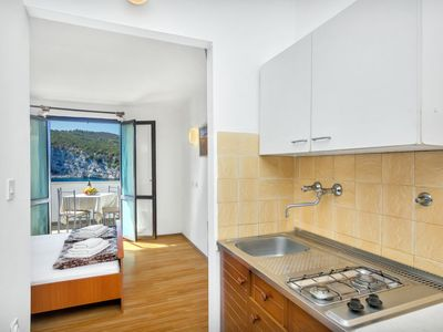 Photo for Apartment Cico in Hvar/Pokrivenik - 2 persons, 1 bedrooms