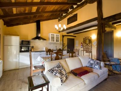 Photo for Rural apartment Lizardi for 6 people