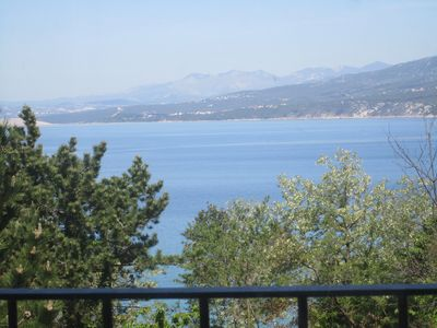 Photo for Branka 75 m2, 30 m from the beach in Silo, sea, air, Internet, Parking