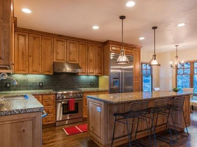 Old Town Home: Beautiful & Renovated on Empire