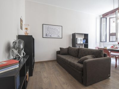 Photo for Sassetti apartment in Porta Garibaldi with WiFi & integrated air conditioning.