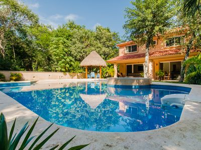 Photo for ★GIANT house with Private POOL ★ simulating artificial beach, family friendly