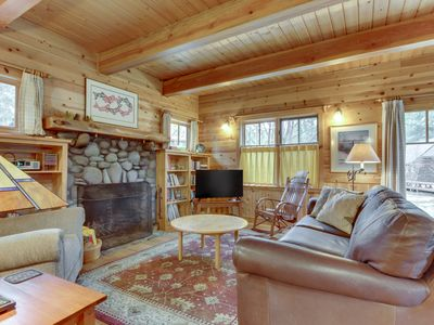 Photo for Lovely cabin home w/ updated amenities, cozy fireplace, & deck w/ grill!