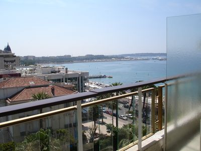 Photo for STUDIO SEA VIEW, CROISETTE, TOP FLOOR