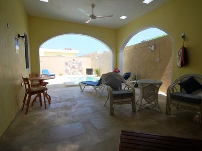 Photo for Wonderful 2 Bed/2 en-suite Home, Private Yard/Pool. Close to beach/town