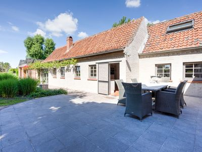 Photo for Lovely Holiday Home in Merelbeke with Jacuzzi
