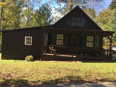 Silver Hawk Cabin sitting on 1/2 acre for indoor and outdoor fun