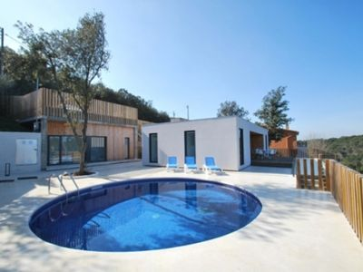 Photo for 3 bedroom Villa, sleeps 7 in Begur with Pool and WiFi